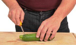 Couper le pédoncule